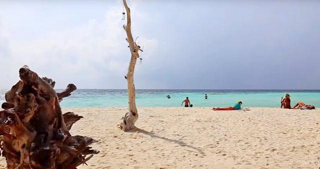 бикини пляж