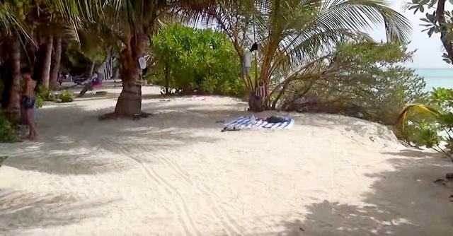 лучший бикини-пляж на локальных островах Мальдив