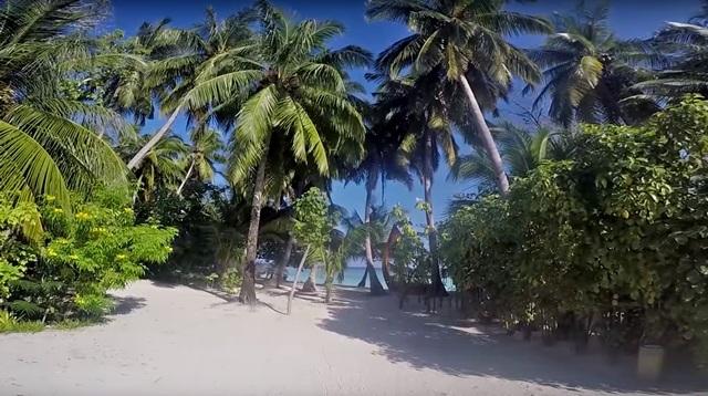 остров очень чистый