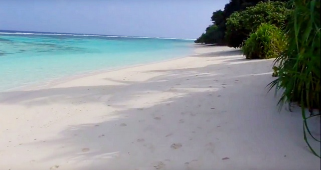 Бикини-пляж острова Тинаду