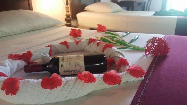 велкам для молодоженов в отеле biyadhoo