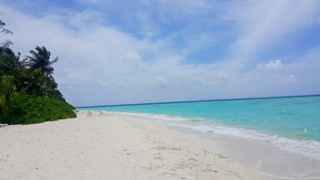 на Мальдивы самостоятельно.
