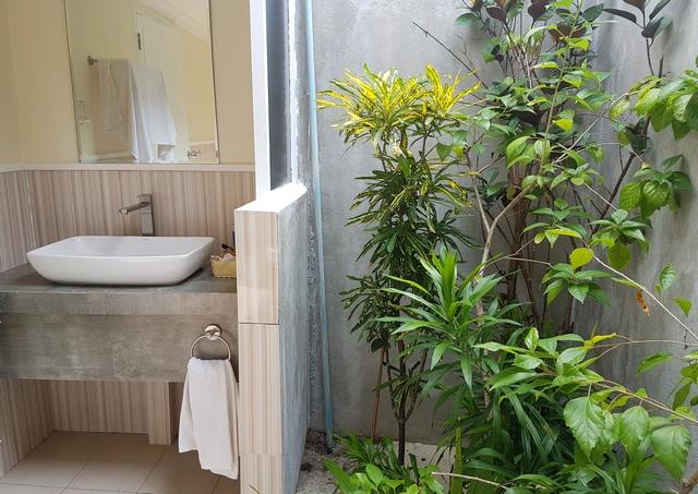 тропический душ в гесте