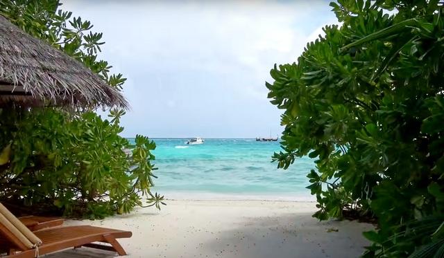 каждая вилла имеет свой пляж