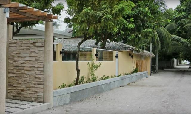 на Омаду уже построено 6 гостевых домов