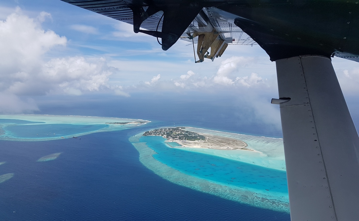 transfer v Emerald Maldive