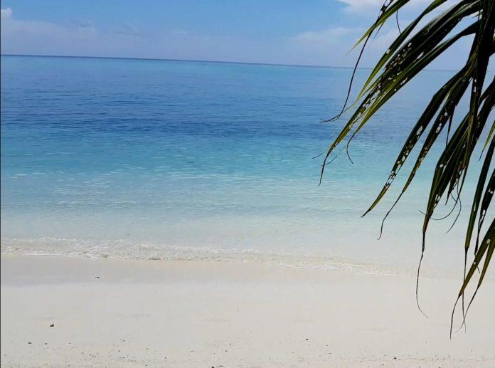 kak vybtat ostrov na Maldivah 4